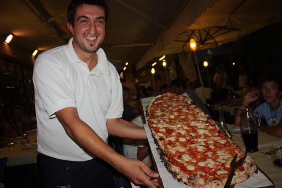Alessandro Coppari Michele da Ale Senigallia Pizza al metro