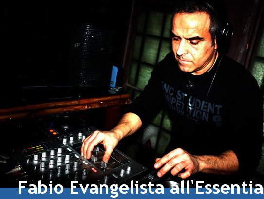 Fabio Evangelista Essentia Chiaravalle disc jockey dee jay Macerata