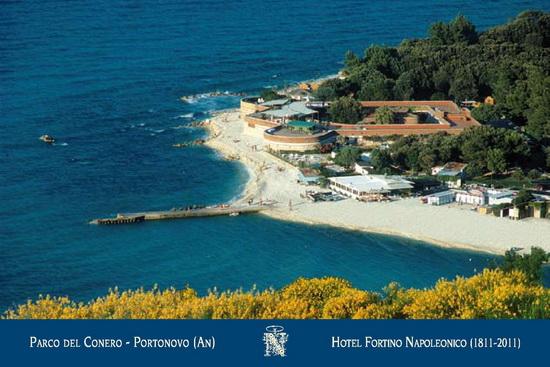 Panorama Portonovo Hotel Fortino Napoleonico Parco del Conero Regione Marche