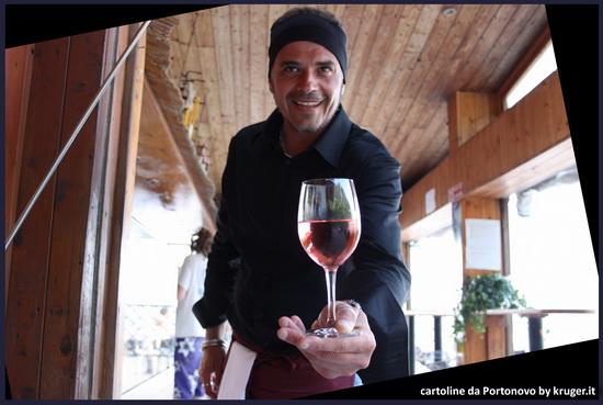 bicchiede di vino  rosato