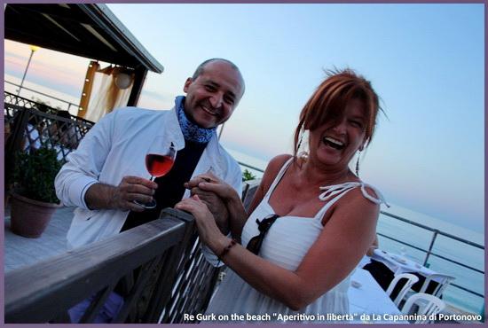 bere vino in compagnia allegria aperitivo