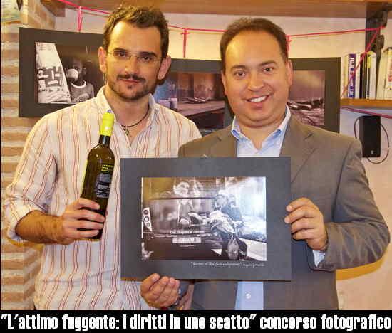Lattimo_fuggente_i_diritti_in_uno_scatto_premiazione