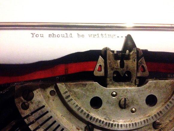 tu dovresti scrivere