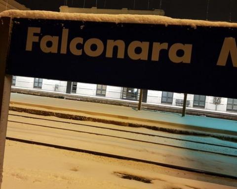 Falconara stazione neve